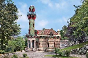 """Villa Quijano, """"El Capricho de Gaudí"""" en Cantabria"""